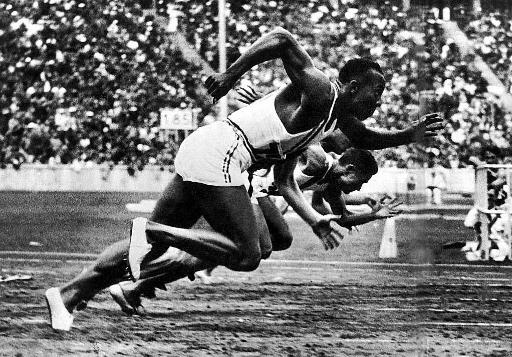 jesse owens pictures in color 24 black celebs who risked fame fortune to move us pictures owens color jesse in