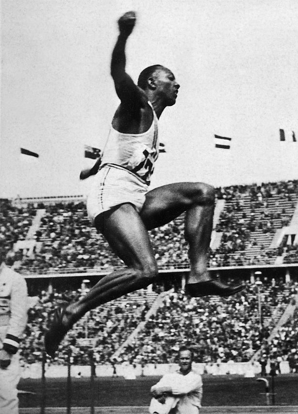 jesse owens pictures in color you look like a monkey and whats wrong with that uni jesse pictures color owens in