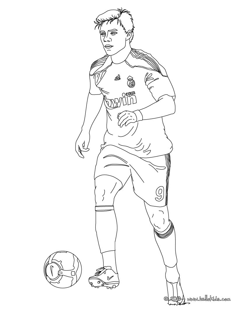 soccer player colouring pages soccer player coloring pages free printable soccer player soccer colouring player pages