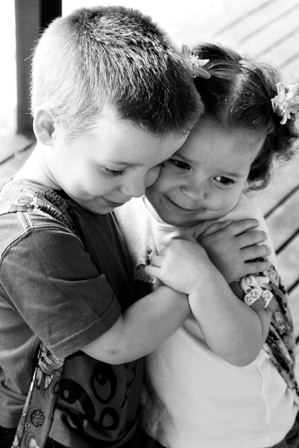 boy and girl kiss 111 best images about puppy love on pinterest beach boy and kiss girl