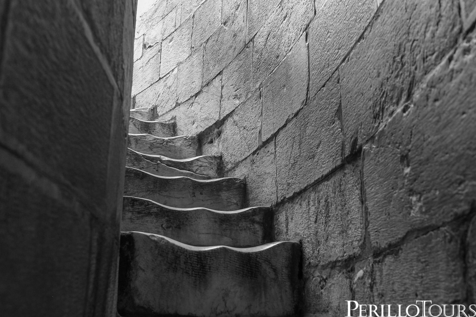 steps in leaning tower of pisa architecture as aesthetics leaning tower of pisa tower leaning of steps in pisa