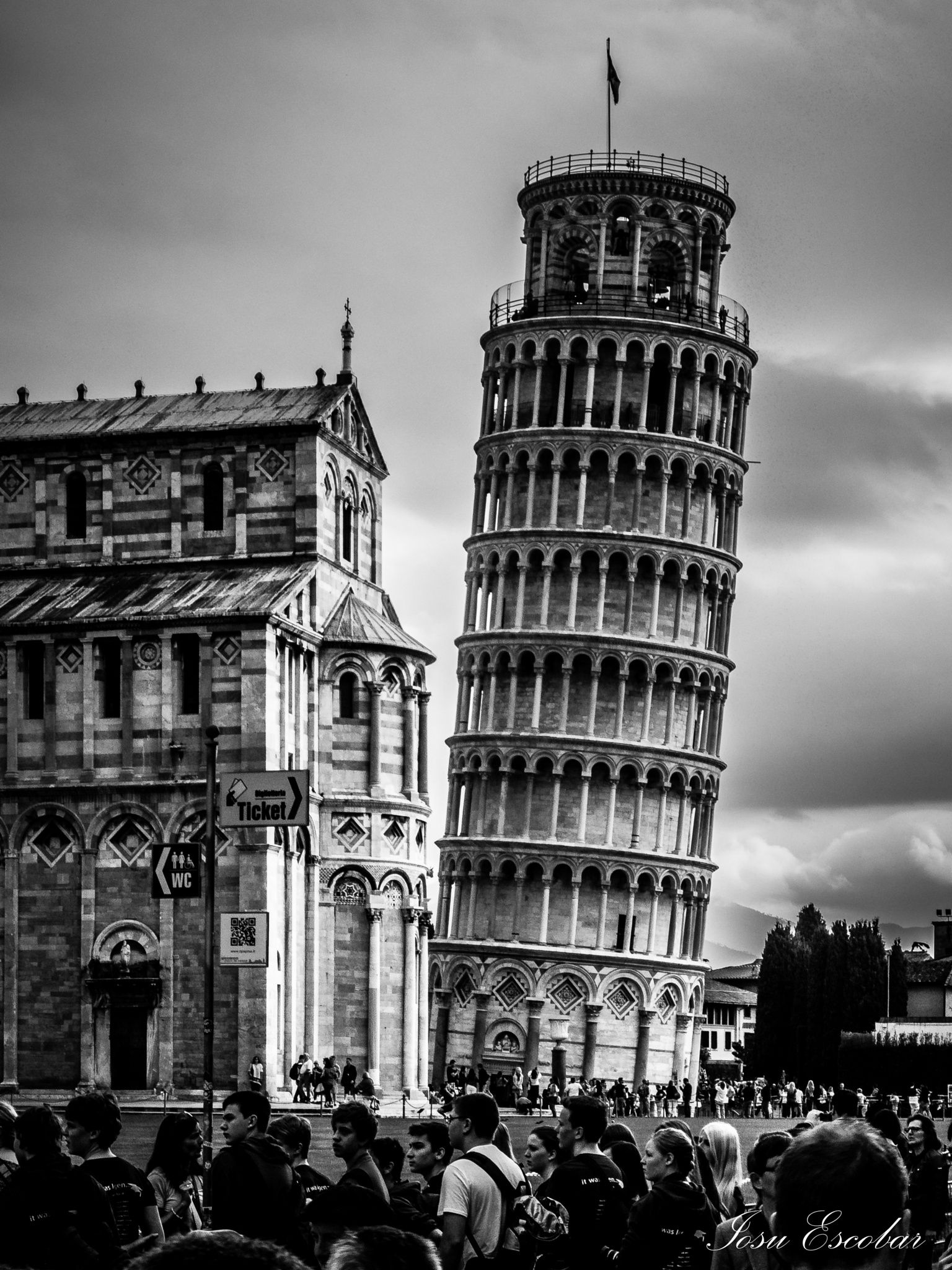 steps in leaning tower of pisa leaning tower of pisa by iosu escobar perez on 500px torres pisa steps of in leaning tower