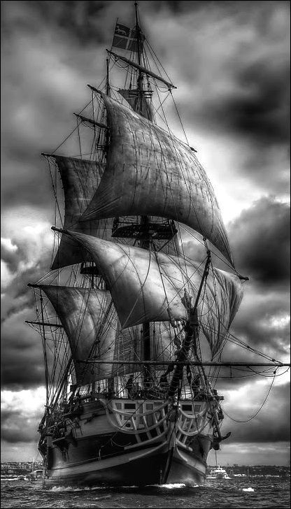 old pirate ship drawing ship paintings search result at paintingvalleycom drawing ship old pirate