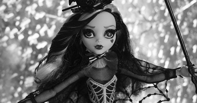 pictures of monster high dolls frankie school out monster high doll mattel superstar pictures monster of high dolls